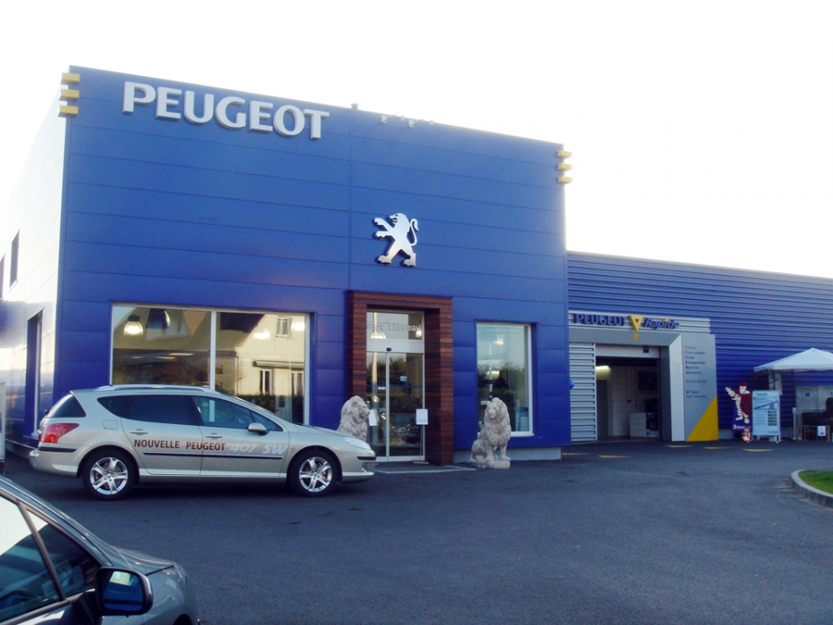 Garage automobile thureau peugeot beaumont sur sarthe for Garage automobile peugeot